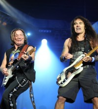 2013 Iron Maiden at Download_0372_420x470